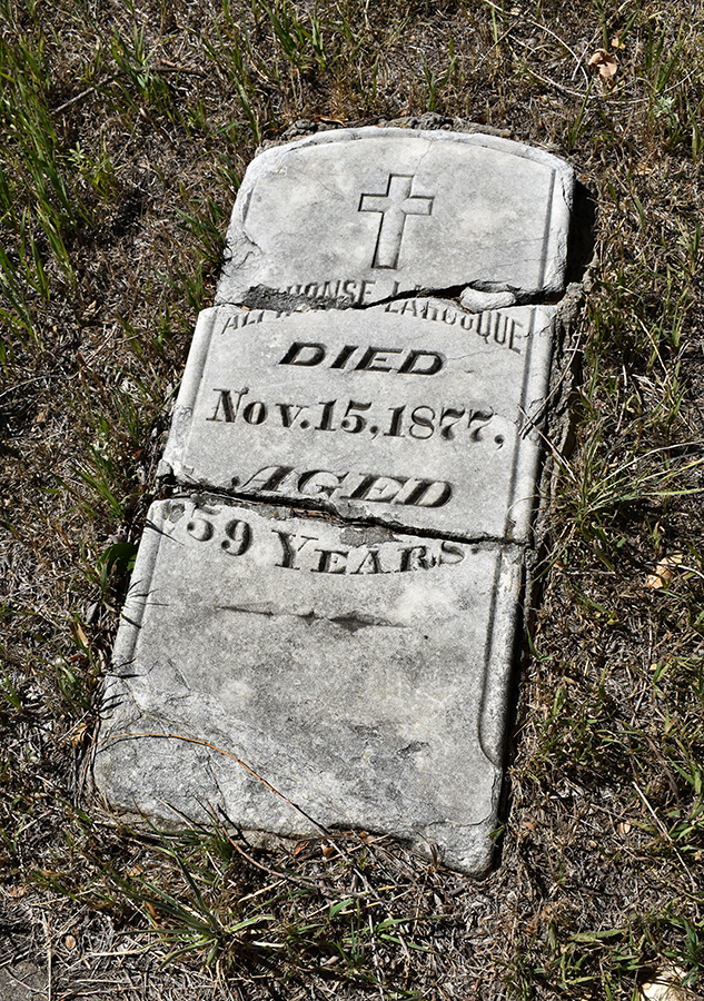 alphonse_larocque_headstone_900